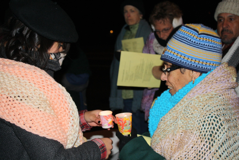 Vigilia de AFSC: «El amor no sabe fronteras ni paredes»